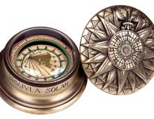 kompassi aurinkokello