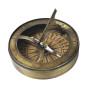 Aurinkokello ja kompassi